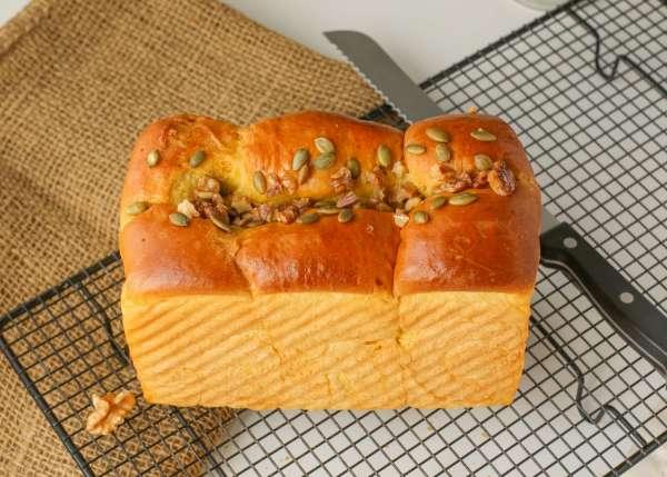 Công thức Bành mì sốt mỡ hành, Bánh mì nhân thịt xá xíu, Bánh mì nhân mochi, trứng muối .. 6