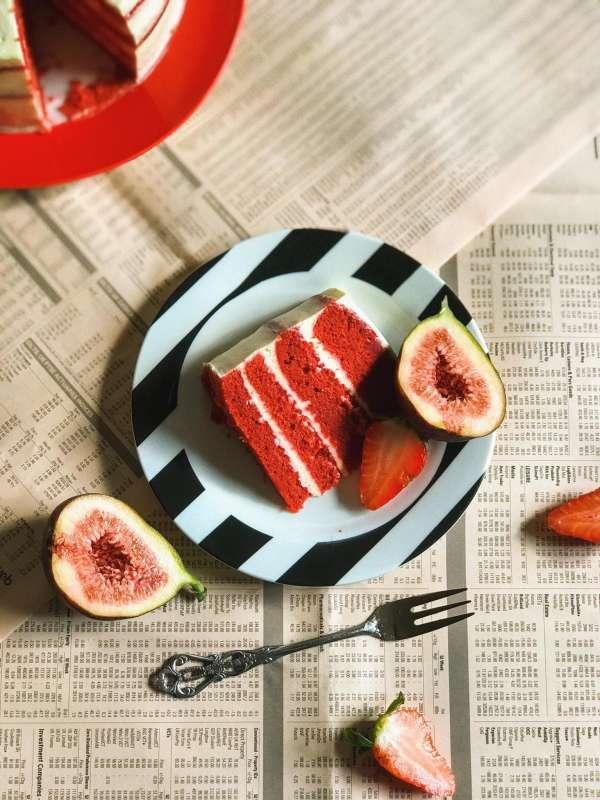 Cách làm Bánh Red Velvet cheesecake thơm ngon mềm mịn 5
