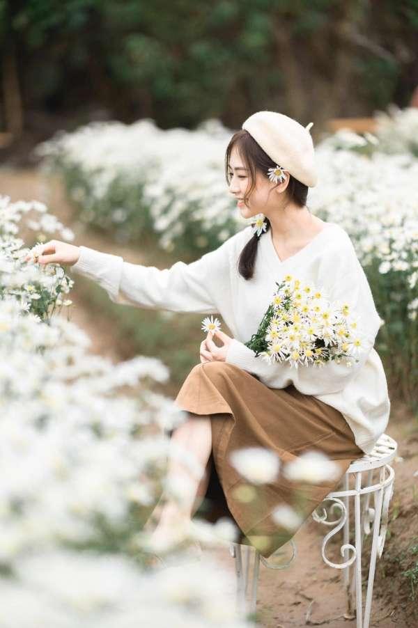 [Review] - Chụp ảnh Cúc Họa Mi ở bãi đá Sông Hồng, vườn hoa Phương Linh 2