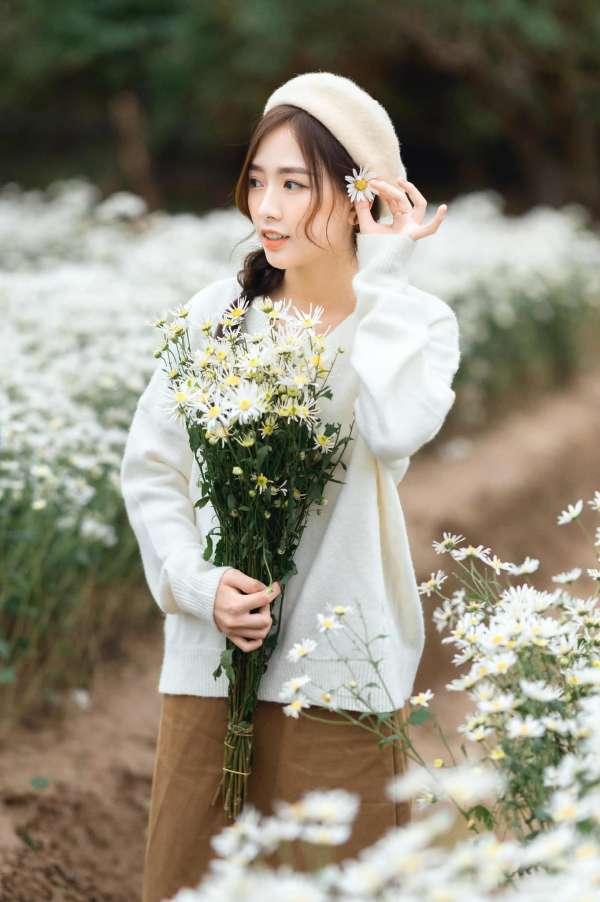 [Review] - Chụp ảnh Cúc Họa Mi ở bãi đá Sông Hồng, vườn hoa Phương Linh 4