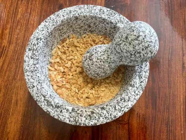 Món ăn Chay : Đậu phộng muối mè 4