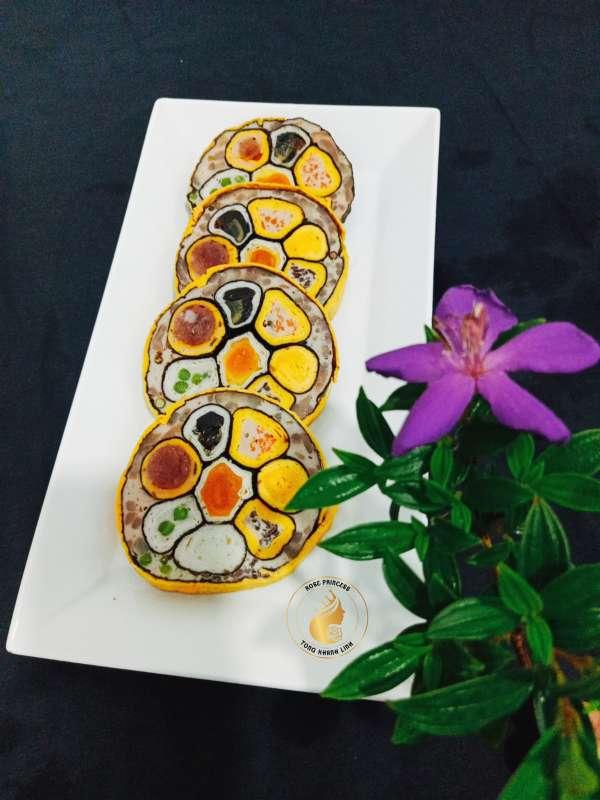 Cách làm món Giò hoa ngũ sắc hình bông hoa 2