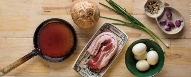 Thịt lợn kho trứng - Công thức & Cách làm thịt lợn kho trứng 2